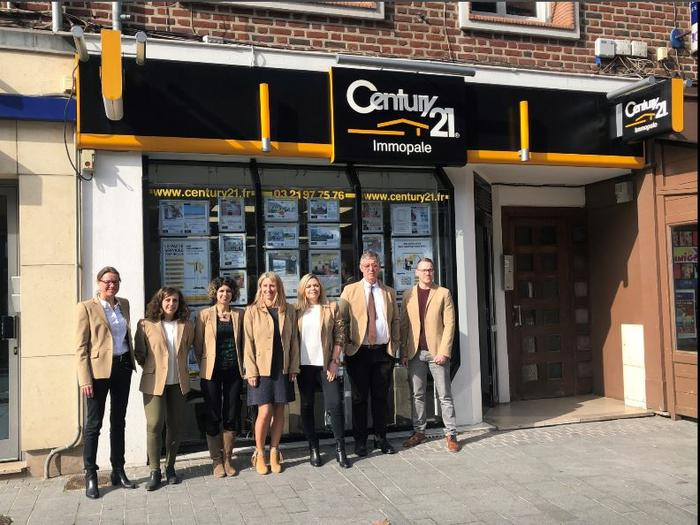 Votre equipe century 21 vous attend century 21 for Agence immobiliere calais